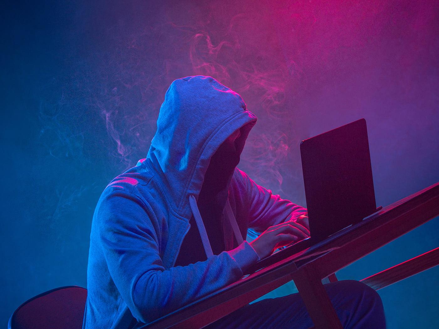 Dark web scammer